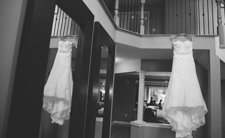 Kitchener-Waterloo Wedding Photographer   Wedding Dress Photo Idea   Artistic wedding photography, engagement photos and portraits   chasephotography.ca