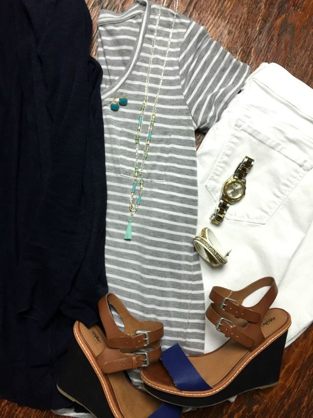 Four Day Weekend Getaway Packing List and Outfits - great for Memorial Day, 4th of July or beach vacation.