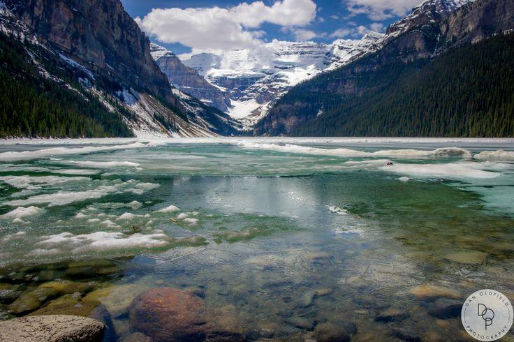 An absolutely stunning sight. Lake Louise Alberta  #danoldfieldphotography #alberta #lakelousie