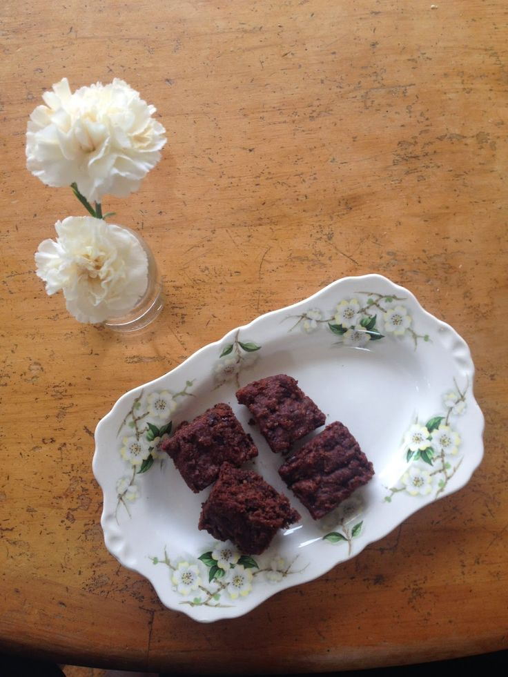 Chocolate Brownie.  It's gluten free, egg free and can be made gluten free.  Head on over to my blog for the full recipe: http://simplebeautifulandlovely.blogspot.co.nz/2015/01/gluten-free-chocolate-brownie.html