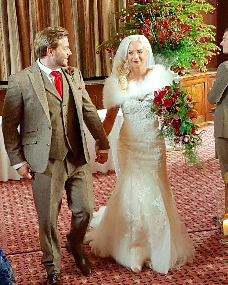 luci_guijarro#NYEwedding #williamswedding #carlaandmark #tylneyhall #happynewyear #alanandlucia