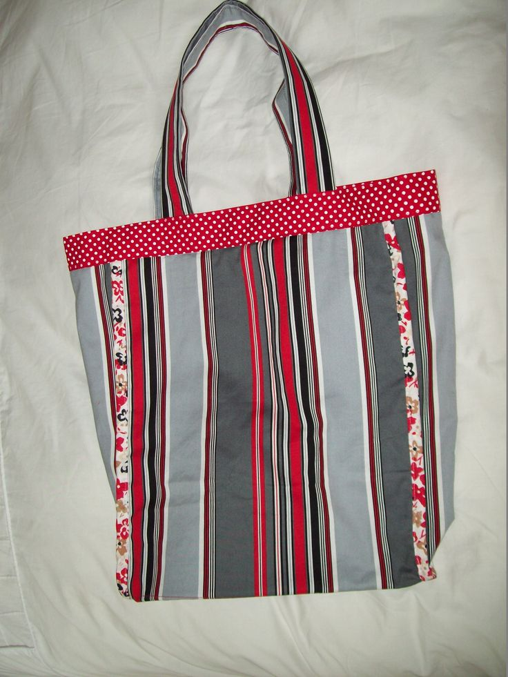Tote bag in red black and grey for Kerry's friend.  There are 3 more ready to sew when I have time.