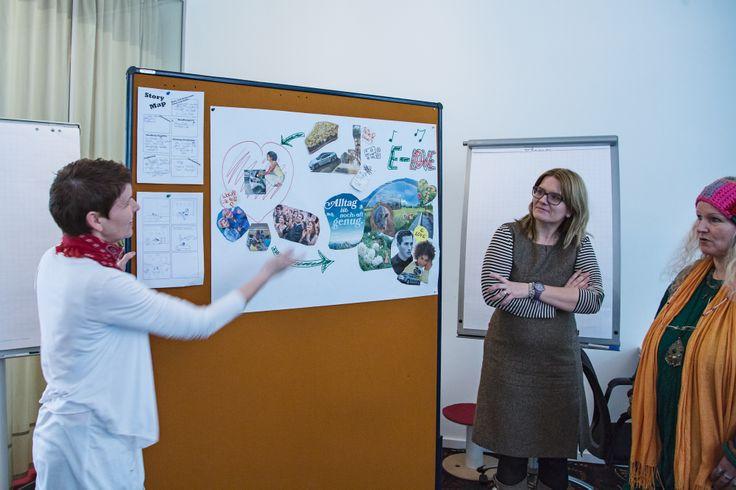 Die einzelnen Gruppen präsentieren ihre Ideen. #Storytelling #Workshop #Storymap #Storyboard #7pointstory