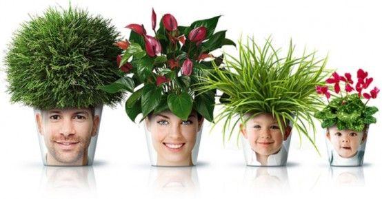 Vicces növénytartók Kazahszánból. A kazahsztáni Good! cég terméke garantáltan mindenkit mosolyra derít, jó alternatíva a szokásos bögrére gravírozott családi képek helyett. A technológia egyszerű: egy sima porcelán cserép és egy védőtok közé kerül a kinyomtatott egyedi fotó.  ...