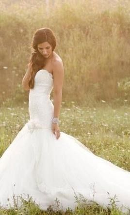 mermaid wedding gown -  love this dress!