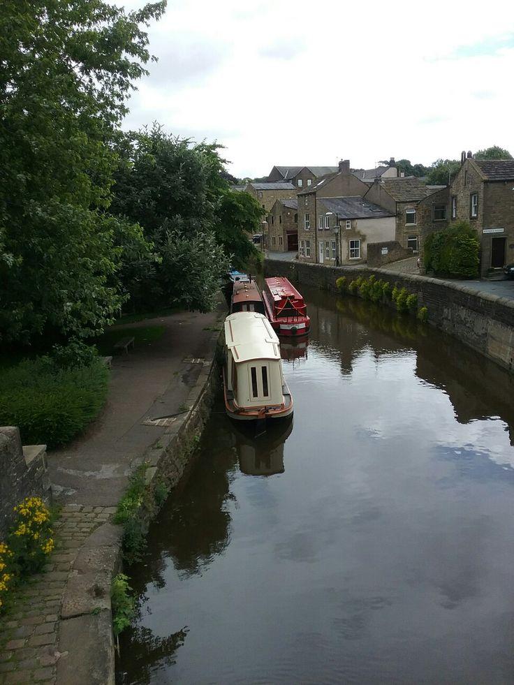 Skipton narrow boats