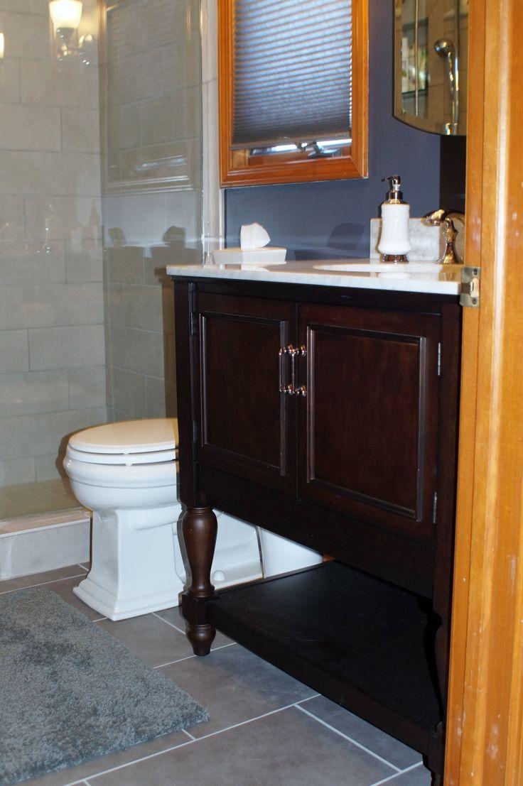 Daltile veranda solids porcelain tile small guest bath for Daltile bathroom ideas