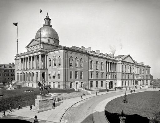 """Circa 1904. """"State House, Boston, Mass."""" With Gen. Hooker on sentry duty 24/7. http://www.shorpy.com/node/21507 Detroit Photographic Co."""