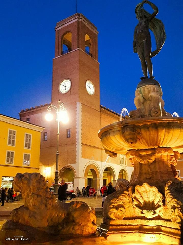 Photo Monica Ricci The main square of Fano and the fountain with the goddess of fortune