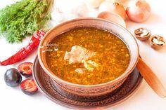 """Вкусный национальный грузинский суп из говядины, с рисом, грецкими орехами и соусом ткемали я отправляю Пилар p_i_l_a_r в ее ФМ """"Горячий суп без картошки"""" . Люблю…"""