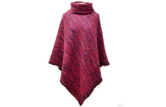 Cape Poncho mit Kragen Wolle Pink Bunt 932 von dunkledesign auf Etsy