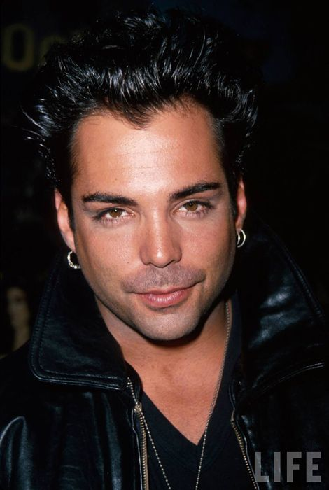 Men look great with bold brows. 80's heartthrob Richard Grieco had great brows.
