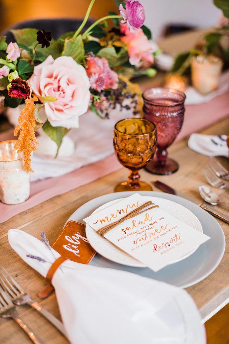 Modern Femme Wedding Inspiration at a Historic Estate #floralinstallations #modernweddingcolorpalette #romanticreceptiontablescape