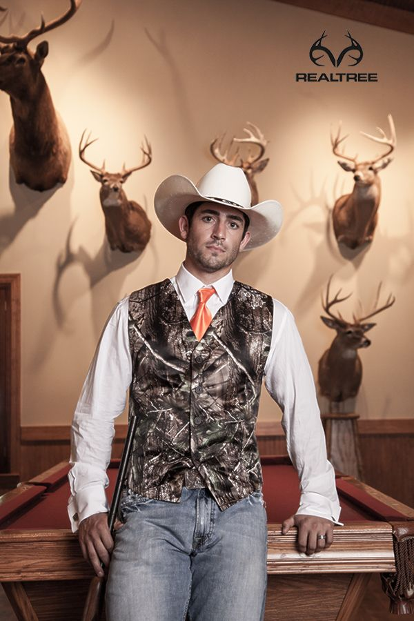 realtree camo vest show your trophy and love keywords weddings jevelweddingplanning