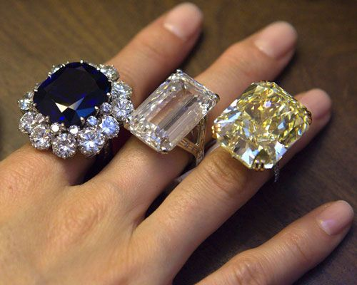 MOST EXPENSIVE ENGAGEMENT RINGS IN THE WORLD | 20+of+the+World\'s+
