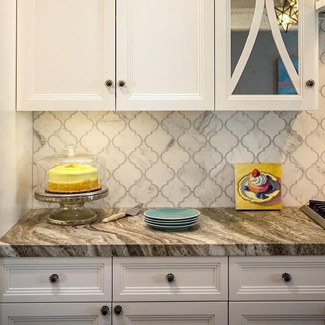 Our Fleurette Oriental White Marble Is A Recipe For The Perfect Backsplash Design By Shinteriors Kitchen Inspiration Design Kitchen Tiles Kitchen Design