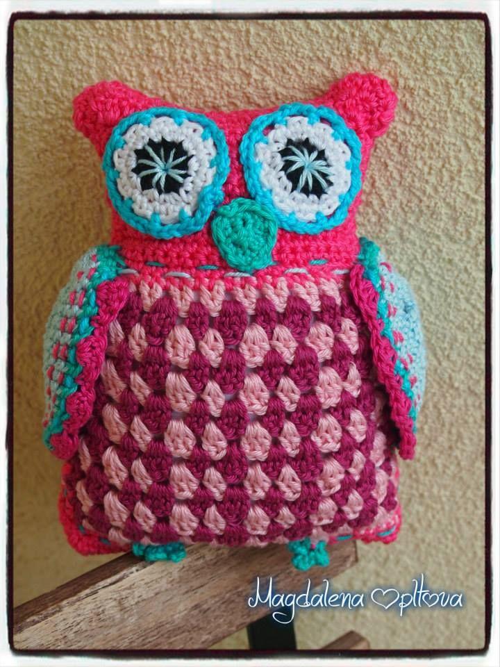 pink crochet owl