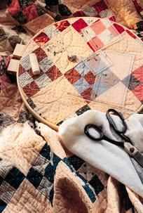 How to Quilt by Hand  I've always wanted to make a quilt!