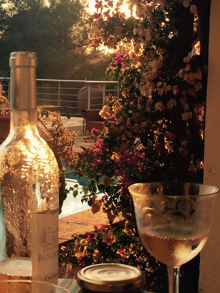 The sun is setting. Wine time at the OLIVE FARM