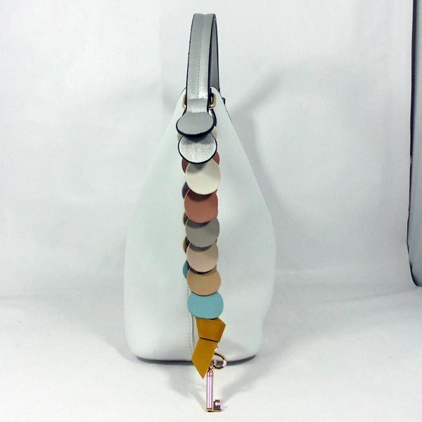 Bolso imitación piel color blanco redondeles colores y llave. https://www.lutasha.es/p3120650-bolso-blanco-redondeles-colores.html Suscribete a nuestra newsletter para conseguir un dto. en tu 1ª compra: http://eepurl.com/cg3iQj https://youtu.be/Kc4bomMxdgA #handbags #fashion #bags #bag #handbag #purse #handbags #handbagshop #handbagseller #handbagsale #handbagsforsale #handbagset #handbagslover #handbagsonline #handbagsupplier