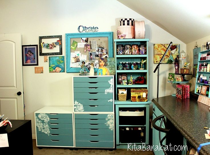 Coolest Craft Room Ever Love This Storage Painted And Stenciled With FolkArt Home Decor Chalk