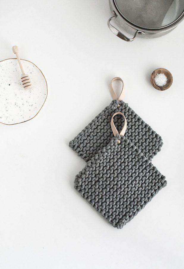 diy-knit-potholders
