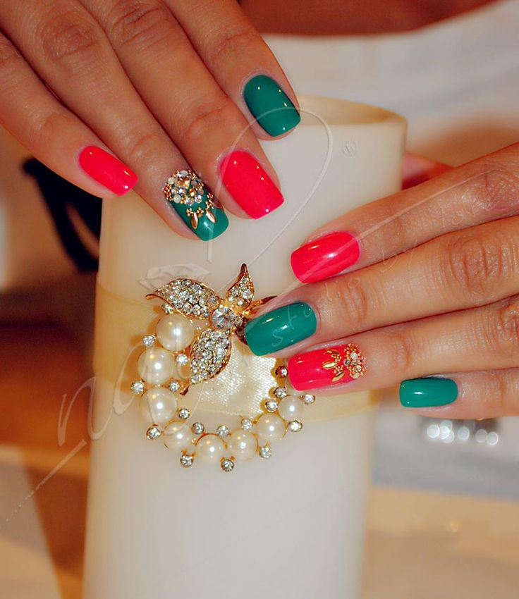 nails manicure  green stones caviar pink