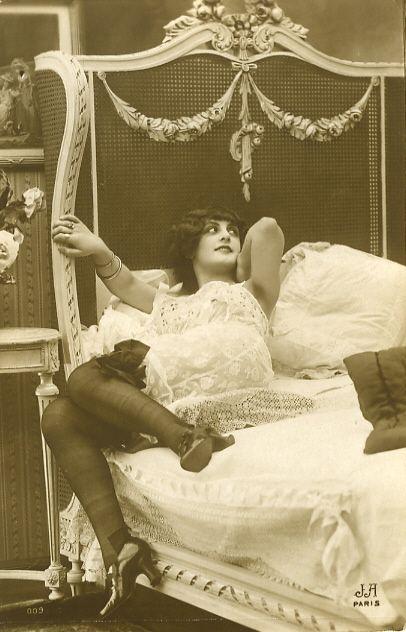 Teen vintage black and white postcards