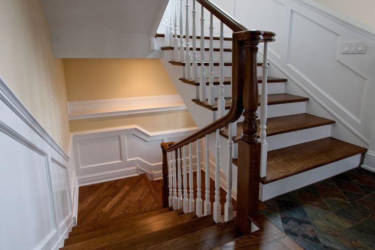 2340-Dewes - Stairs - Globex Developments Custom Homes