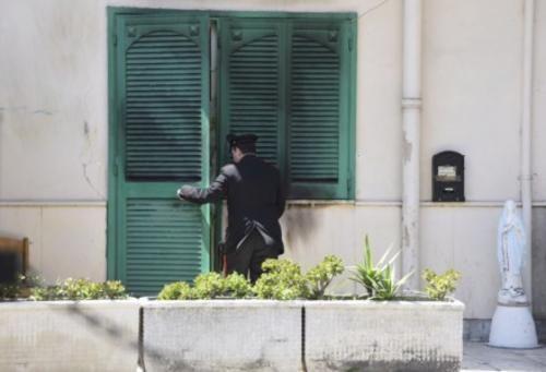 #Molise: #La morte di Fortuna: esplode la rabbia a Caivano incendiata la casa dei parenti dellarrestato da  (link: http://ift.tt/1TjGYgD )