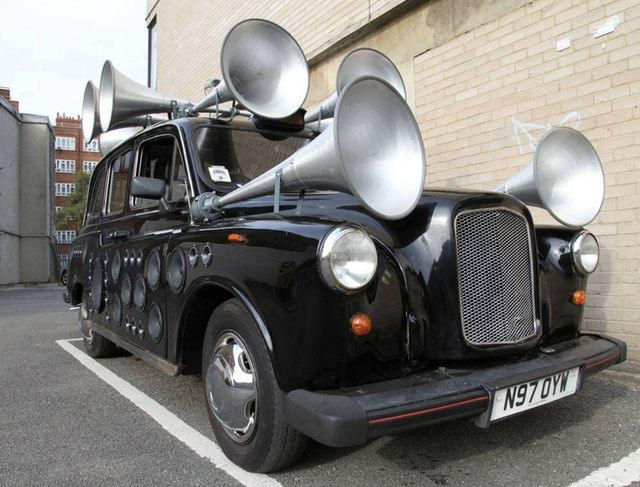 Sound Taxi turns London street noise into live music: Cities Sound, Turning London, London Street, Music Instruments, Yuri Suzukilol, Soundtaxi, Taxi Turning, Sound Taxi, Art Installations