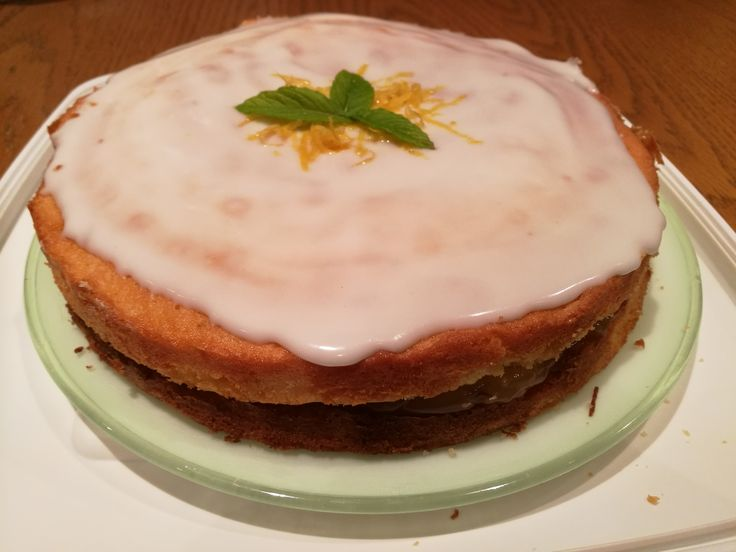 Lemon and Mint Cake  A refreshing bake for the summer months #lemon #mint #cake #bake #summerbake #summerfood