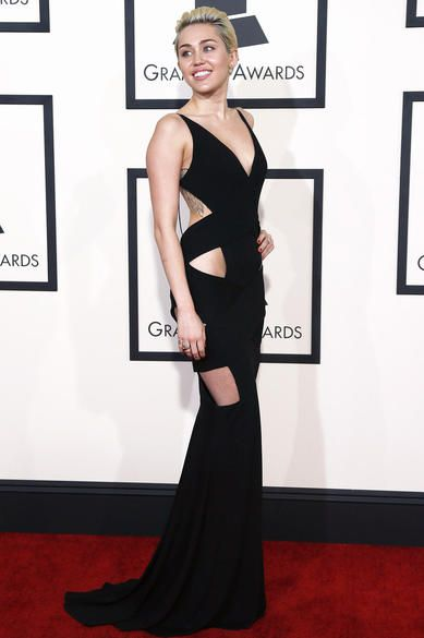 The Most Insanely Scandalous Grammys Fashions Ever : Miley Cyrus (2015)