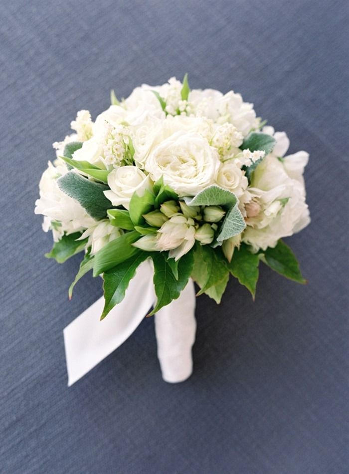 Awesome White Flower Boquet Images