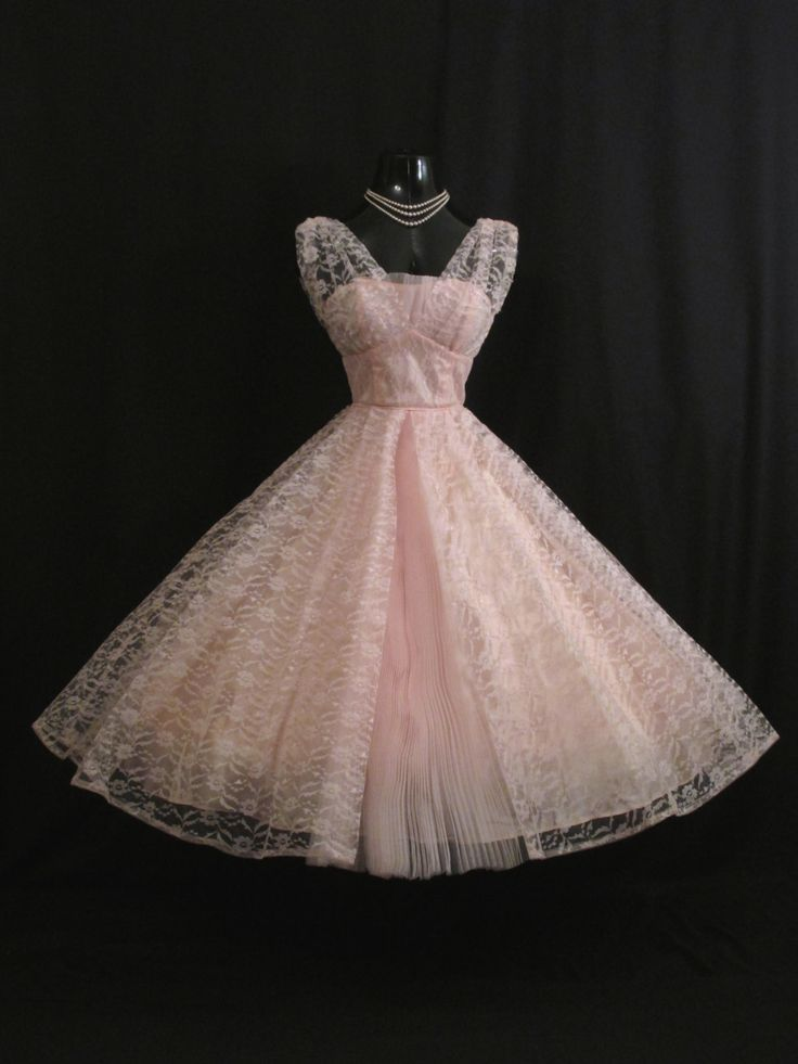Vintage 1950 S 50s Bombshell Baby Pink Lace Tulle Circle