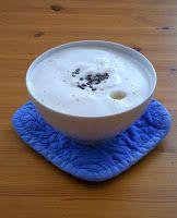 #vegan #rezepte #bio #schokolade #espresso #vanille #kardamom #pflanzenmilch #kakaobohnen  Was gibt es feineres, als eine heiße Tasse veganen Gewürz-Kaffee, wenn's draußen kalt ist?  http://schatzwaskochichheute.blogspot.co.at/2015/12/veganer-gewurz-kaffee-fur-2-personen.html  Viel Freude beim Nachkochen & Laß es Dir schmecken!  vegan essen in Wien :-)