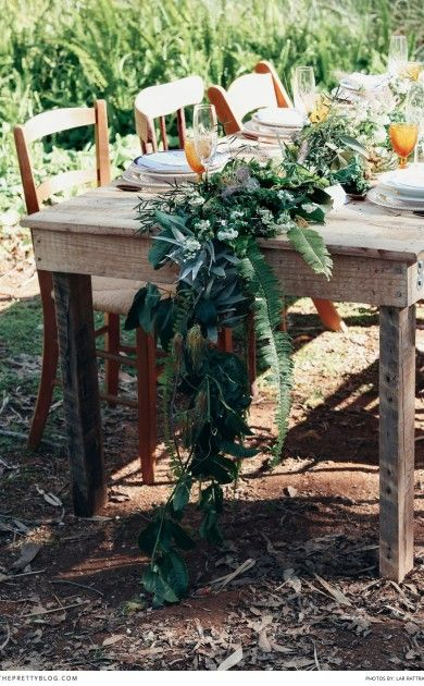 Outdoor Thanksgiving Harvest table!  Photographer: Lar Rattray | Wedding Planner, Creative Direction : One Day Events | Flowers: Lush Flowers ||