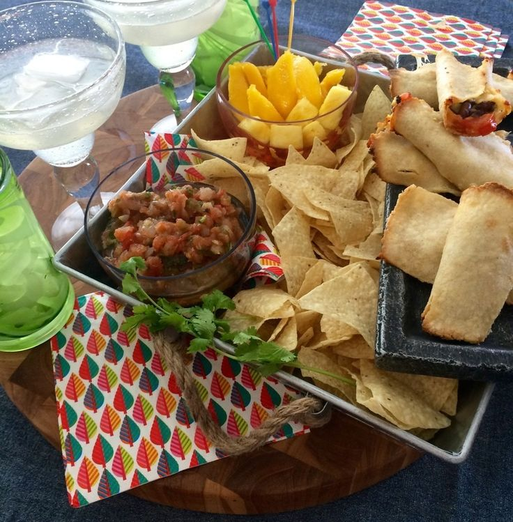 Cinco de Mayo Snack Bar.  #cincodemayo #stayathomemom #stayathomestacy #yegfood #yegmom #yeg #healthyfood