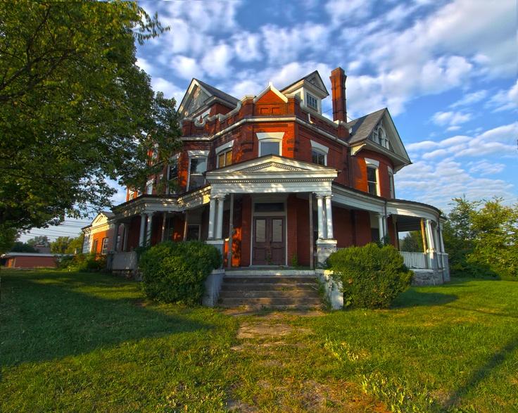Beautiful Historic Bristol, Tennessee