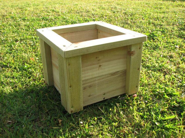 Wooden planter 200mm x 200mm x 200mm