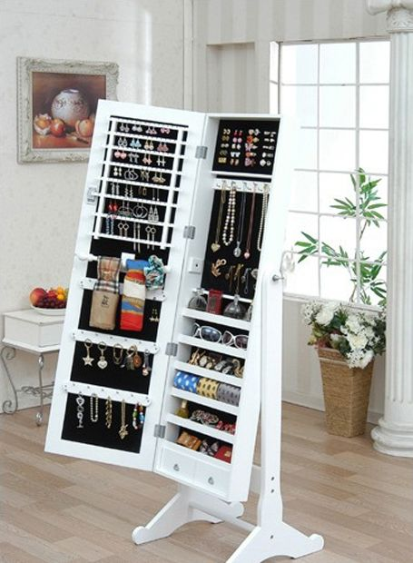 And it's inside a mirror too!!: Decor, Ideas, Jewelry Storage, Organizations, Fulllength, House, Accessories, Storage Inside, Full Length Mirror
