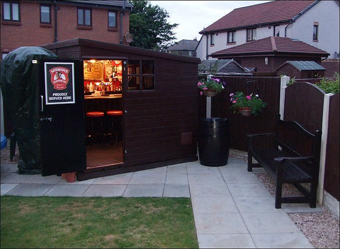 17 she sheds we want to live in right this second google for Garden shed bar