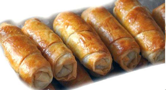 Kıymalı Patatesli Börek Tarifi Beş çaylarının doyumsuz lezzeti kıymalı patatesli börek tarifimizi mutlaka deneyin!
