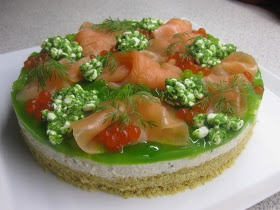 Klidmoster.dk: Cheesecake med hytteost, røget laks og persillegelé...