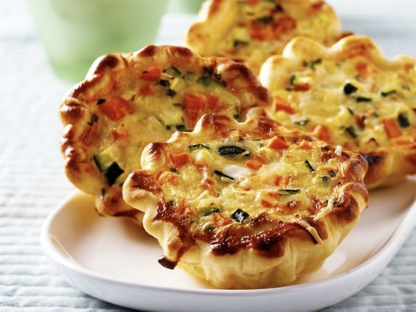 Groentetaartjes: Miniquich Libel, Quiches Recipes, Mini Quiches, Vegetables Quiches, Broccoli Quiche, Quiche Recipes, Vegetable Quiche, Vegetarisch Miniquich