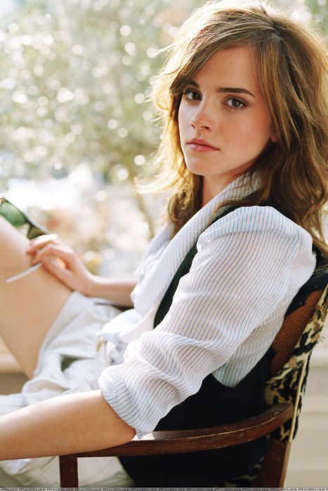 Emma Watson (though obviously for the actual 9 to 5, I would wear bottoms).