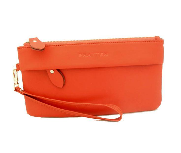 Buy gorgeou sleather accessories online at Atticus Fox. Shop our range of leather wristlets now.