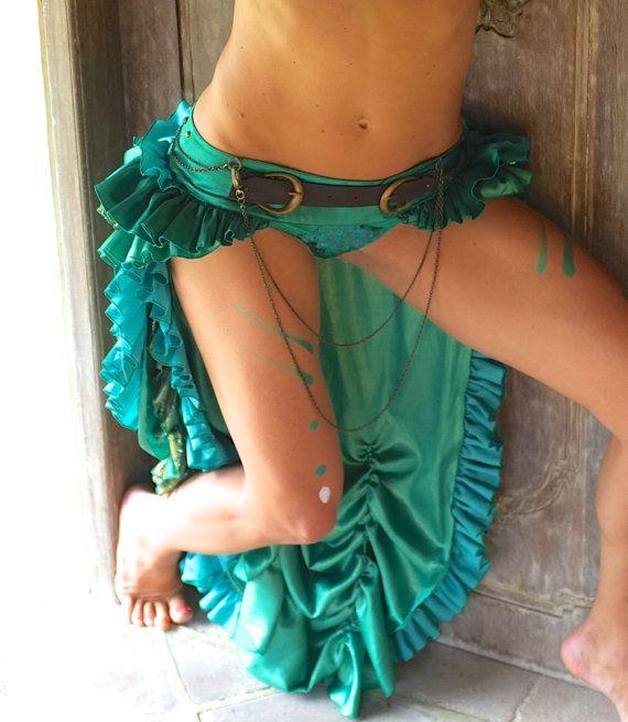 Green Bustle Skirt / gypsy goddess / steam punk / by LadeeTaha