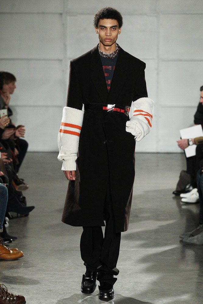 Raf Simons Fall 2017 Menswear collection.