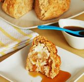 Apple Cinnamon Damper with Maple Syrup